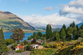 【ニュージーランド】ワナカ湖。ETZo0.jpg