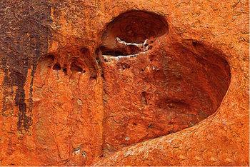 【ハート型地形12】エアーズロックのハート型の穴8[1].jpg