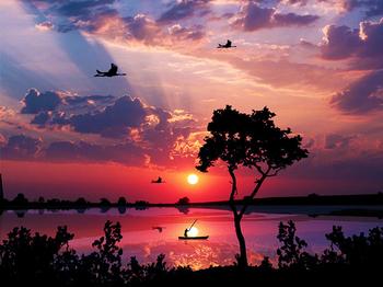 夕暮れの湖--漁師と鳥.jpg
