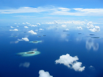 雲と島 .jpg